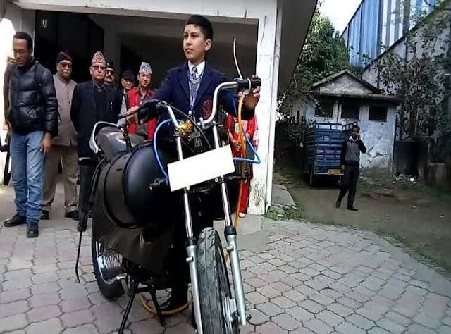 11 साल के छात्र ने बनाई हवा से चलने वाली ये अनोखा बाइक…इन ईंधनों का किया उपयोग
