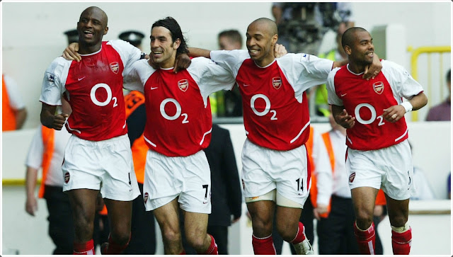 Arsenal Invincibles 2004 Vieira Pirès Henry Cole