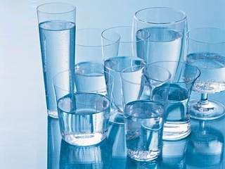8 gelas air