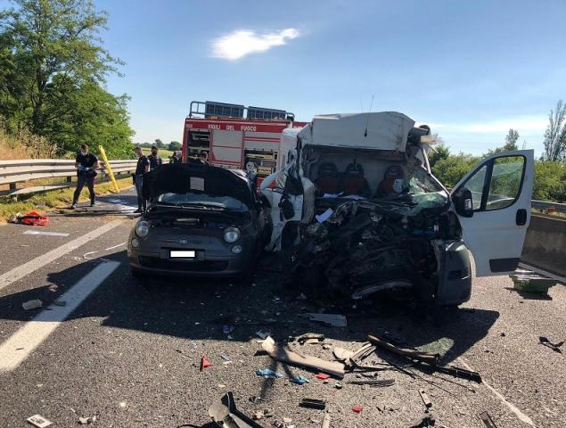 Albanian dies in his 46th birthday in a road accident in Bologna
