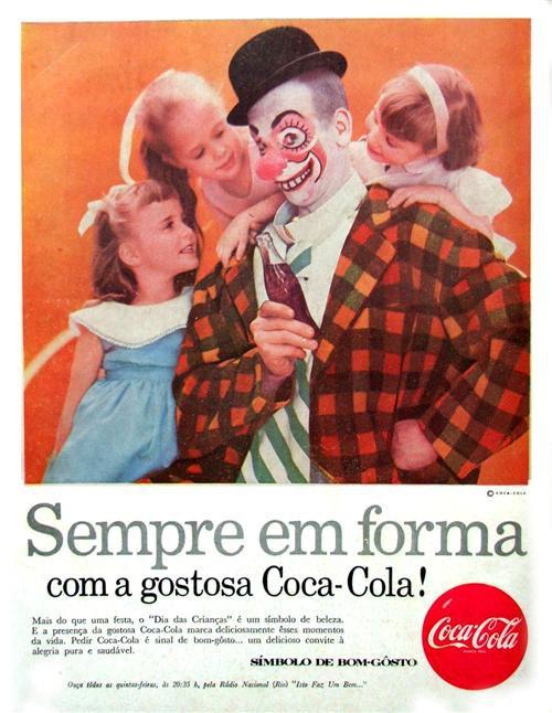 Propaganda antiga da Coca-Cola em comemoração ao Dia das Crianças nos anos 50