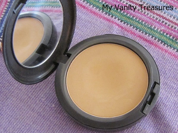 MAC Studio Fix Powder NC42