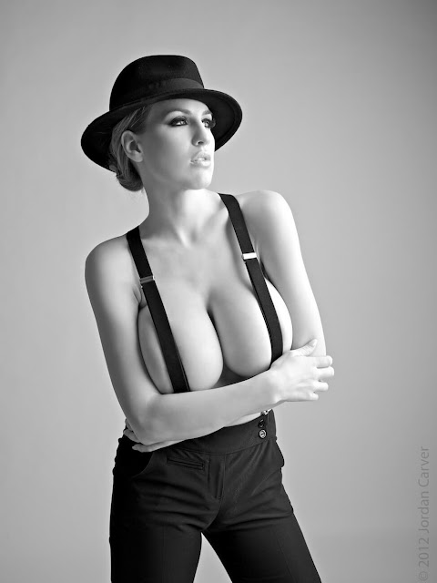 Jordan-Carver-smoking-Photoshoot-pic-14