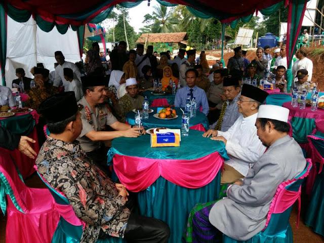 Gus Sholah Tegaskan Islam dan Keindonesiaan Tidak Bisa Dipisahkan