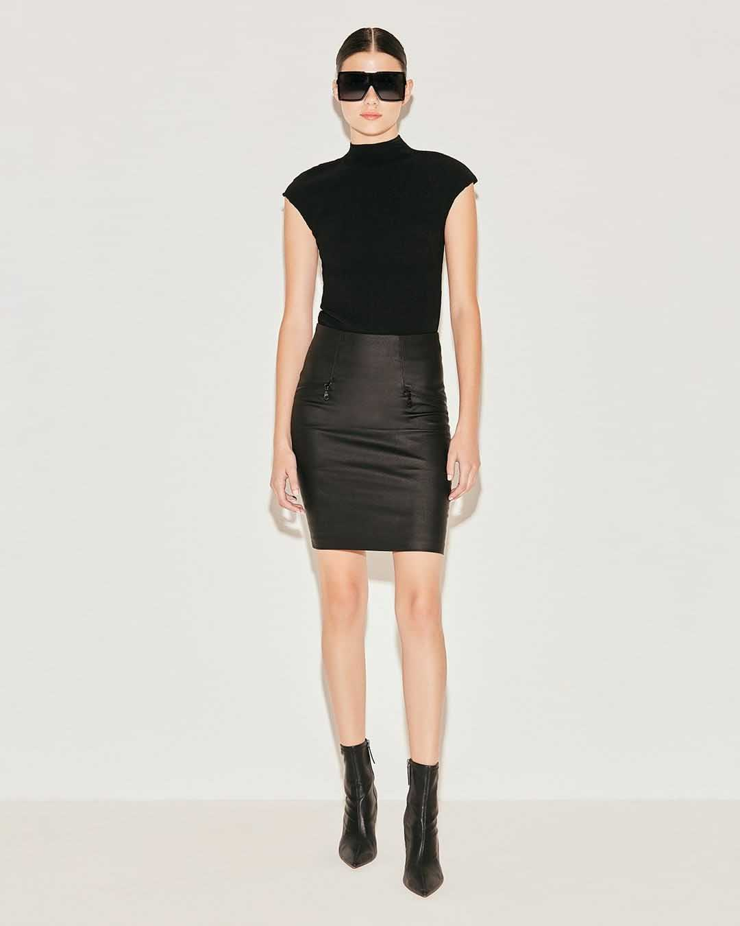 minifalda invierno 2021 moda mujer