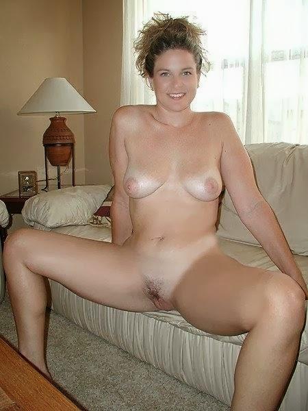 Amateur blue erotic photo