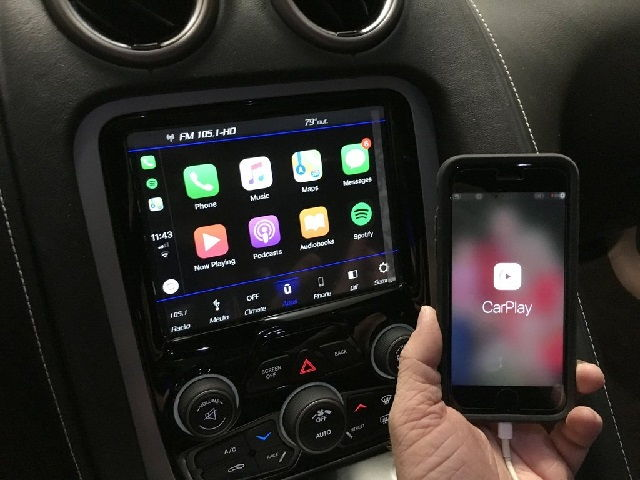 2020 Jeep Apple Carplay (How To Use Apple Carplay)