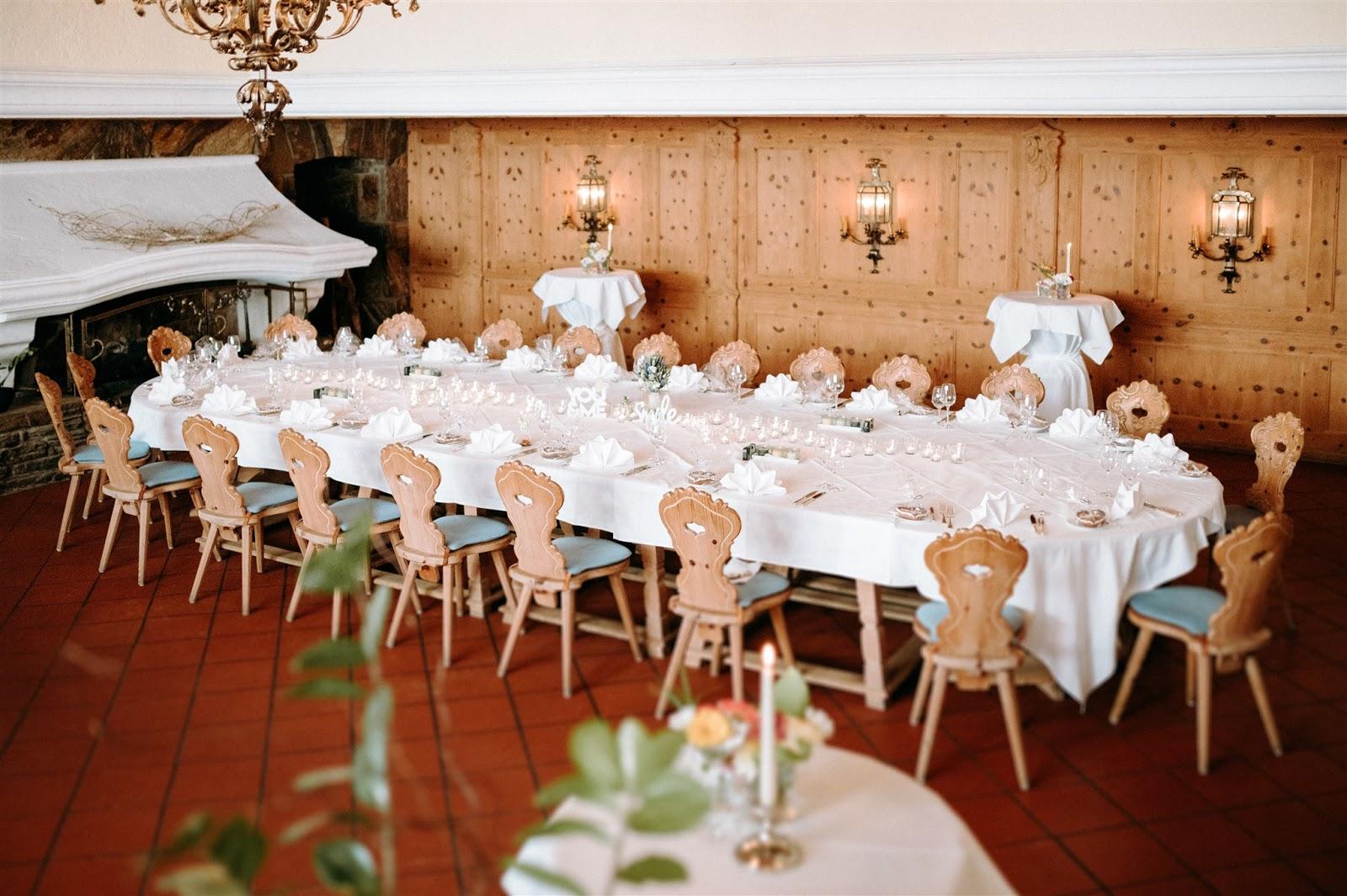 Parkhotel Wallgau, Mountain wedding, Berghochzeit, destination wedding Bavaria, Wallgau, photo credit Magnus Winterholler Gipfelliebe, wedding planner Uschi Glas 4 weddings & events