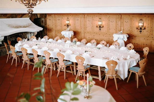 Parkhotel Wallgau, Mountain wedding, Berghochzeit, destination wedding Bavaria, Wallgau, photo credit Magnus Winterholler Gipfelliebe, wedding planner Uschi Glas 4 weddings & events