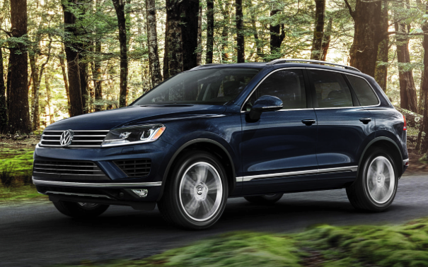 2016 Volkswagen Touareg Review Car And Driver