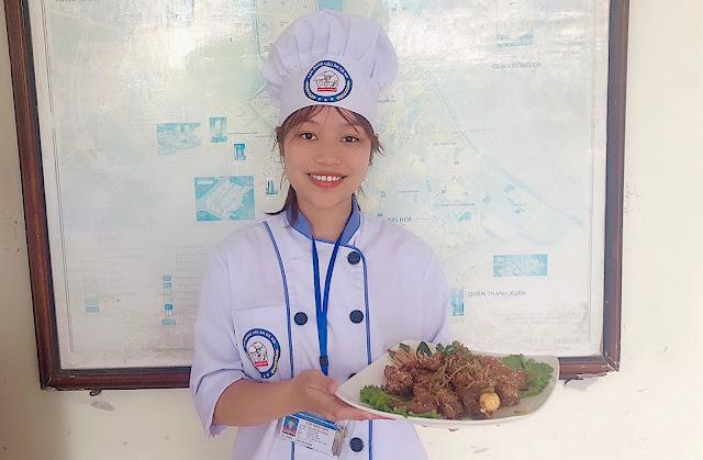 Học nấu ăn để phục vụ nhu cầu bản thân và gia đình