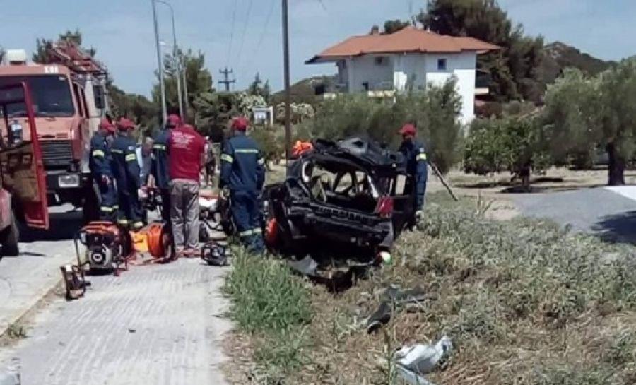 Σοβαρό Τροχαίο το μεσημέρι στην Χανιώτη  -  - Η Πυροσβεστική απεγκλώβισε 29χρονο τραυματία