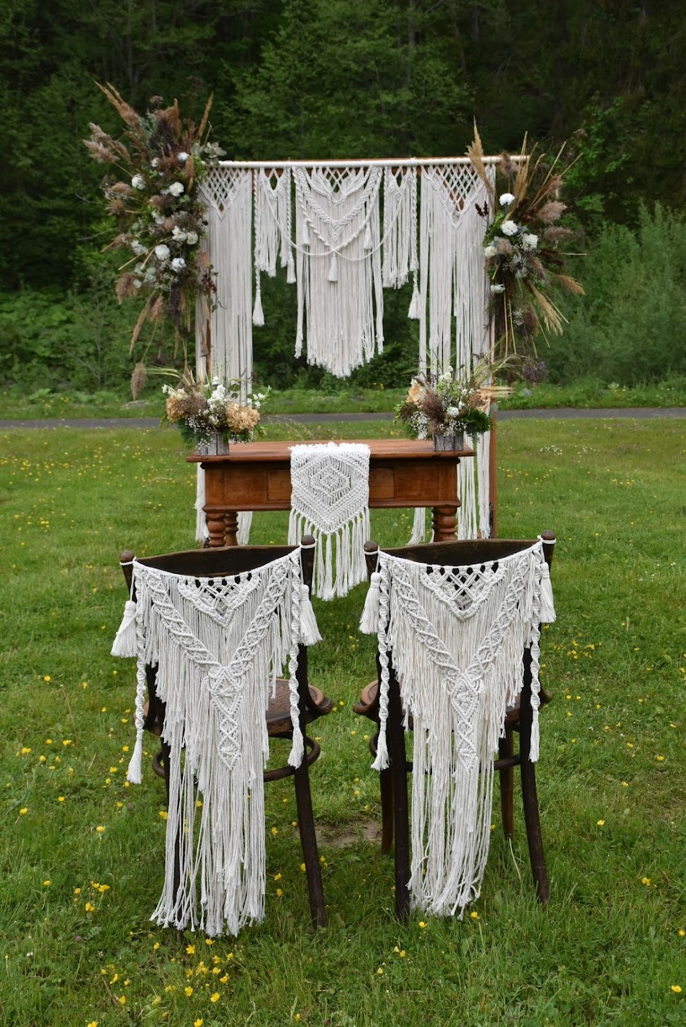 Replace Your  Wedding Decor With This Newest Idea -  Macrame