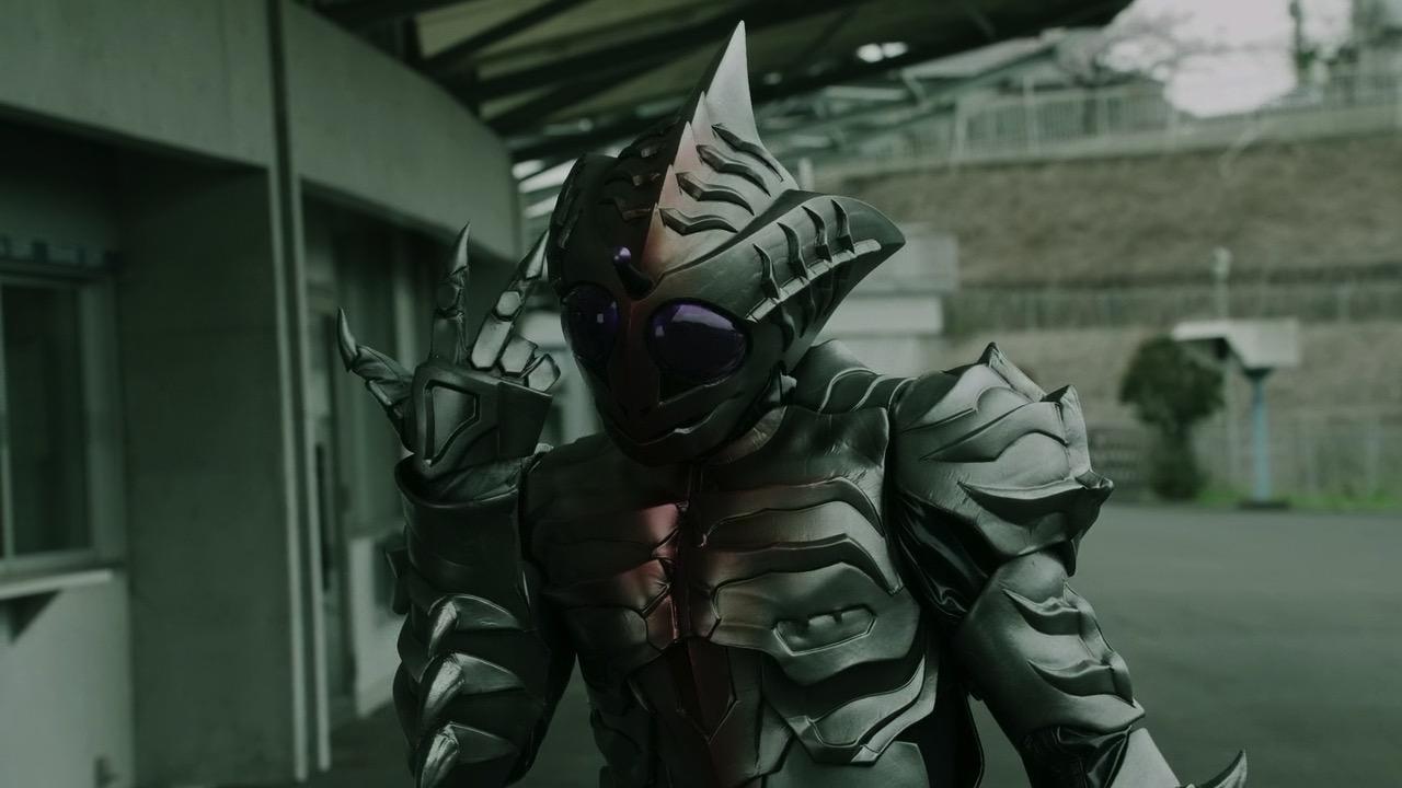 My Shiny Toy Robots: Series REVIEW: Kamen Rider Amazons (Season One)