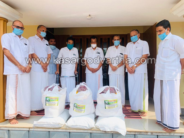 Kerala, News, Dubai kmcc kit distributed