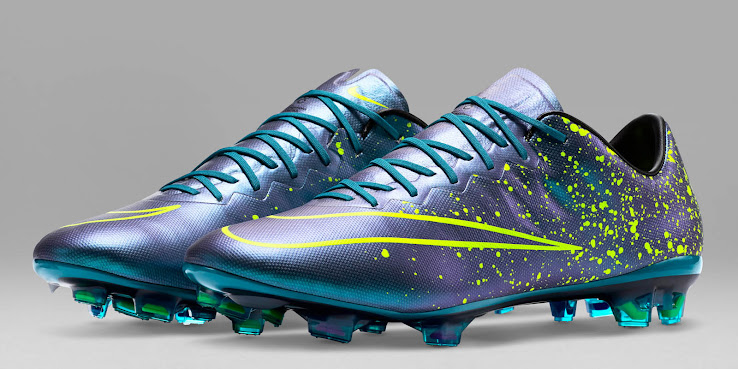 wholesale dealer 6f95e a1e87 Nike Hypervenom Face Neymar Switches To Nike Mercurial Boots ...