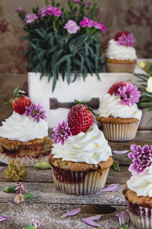 victoria-sponge-cupcakes