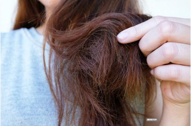 7 Cara Mengatasi Rambut Kering dan keriting
