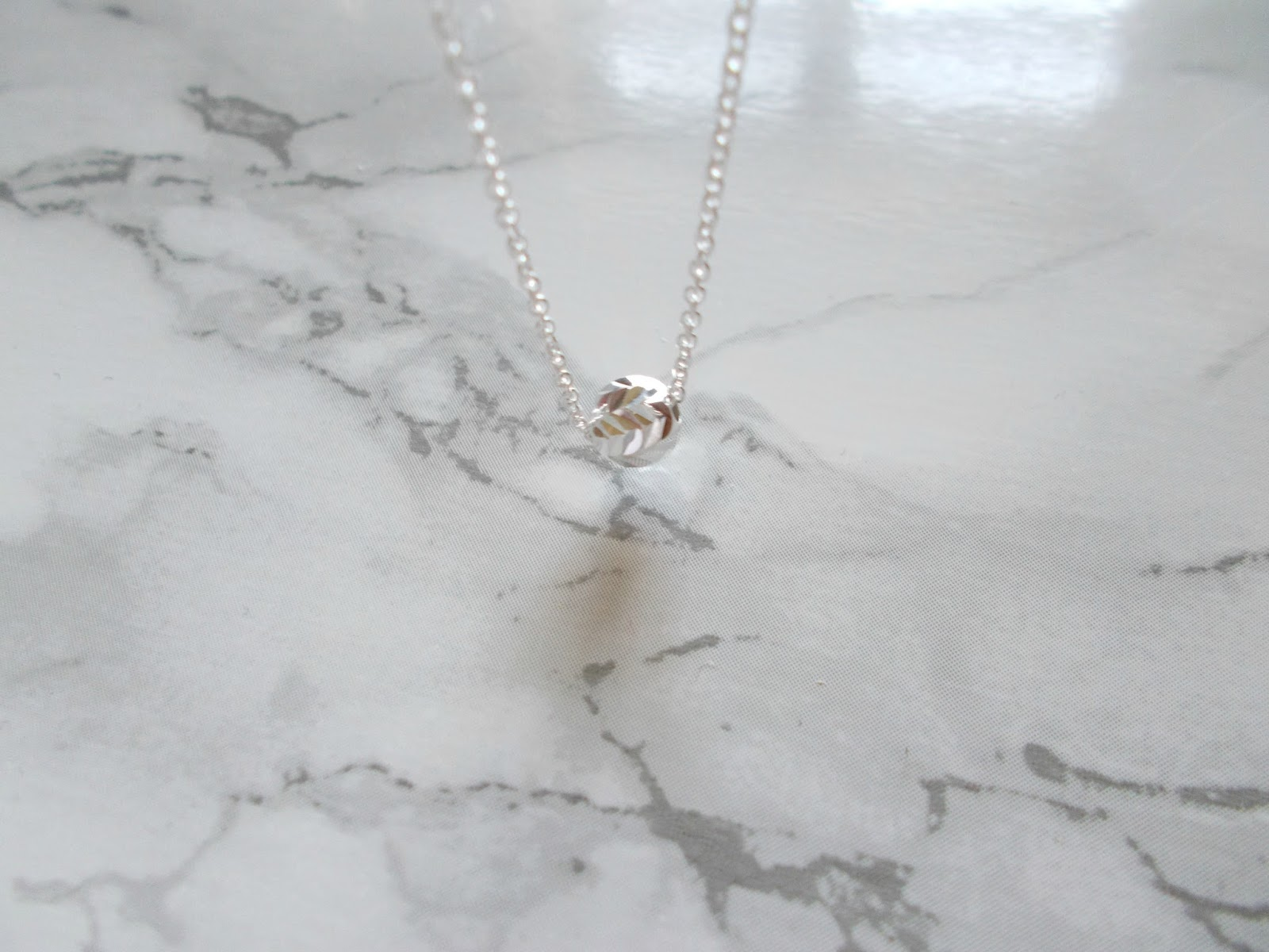 jewellery box review sterling silver diamond cut ball necklace