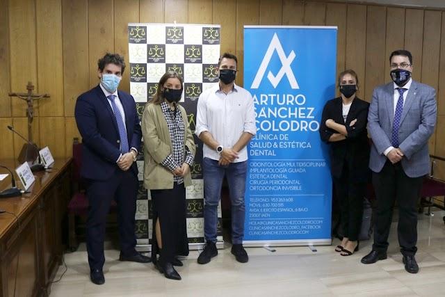 Acuerdo entre GAJ Jaén y la Clínica de Salud y Estética Dental Arturo Sánchez Colodro