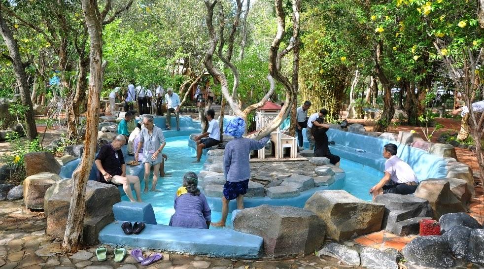 Tắm khoáng nóng ở Bình Châu Vũng Tàu 2