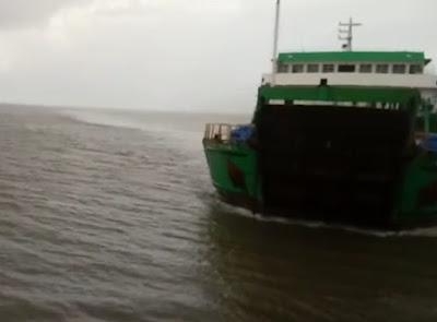 VÍDEO! Passageiro registra colisão entre ferry boats no Maranhão