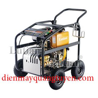 Máy rửa xe chạy dầu Diesel Lutian