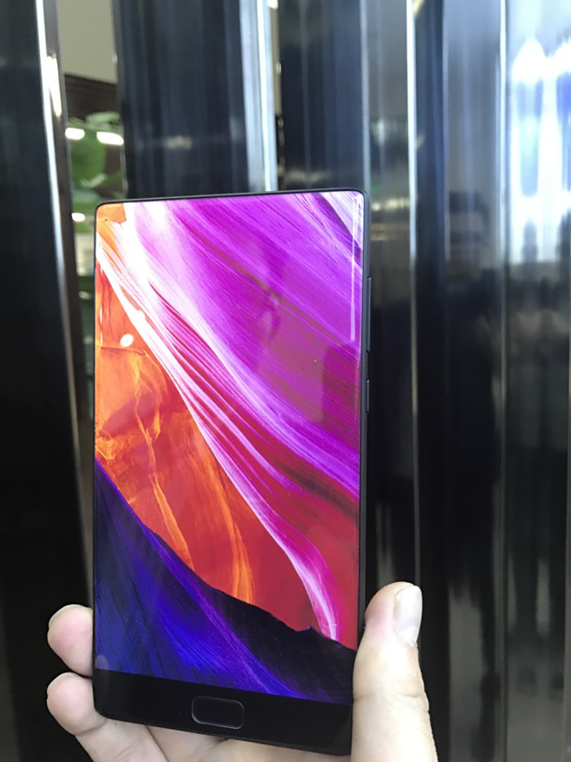 Elephone S8 With Tri-Bezel-less Screen To Launch Soon!