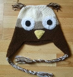 http://translate.googleusercontent.com/translate_c?depth=1&hl=es&rurl=translate.google.es&sl=en&tl=es&u=http://bitsandbobblesblog.blogspot.co.uk/2013/05/crochet-owl-hat-pattern.html&usg=ALkJrhiPZ2YWfS5IRA9867xt4niSRJDlJA