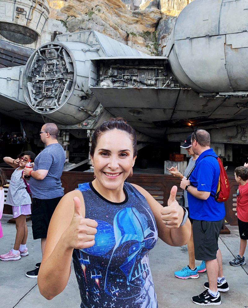 Fans cumplen el sueño de su vida son agentes certificadas de Disney