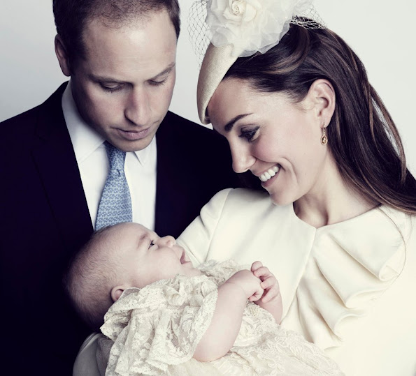 A new christening photo of the Duke and Duchess of Cambridge with Prince George has been released