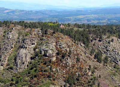 Mirador Balcones de Madrid. Miradores para contemplar el espectacular cañón del río Sil en la Ribera Sacra, provincia de Orense