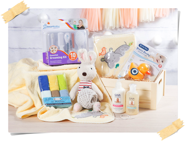 Favorite Gifts for Baby Hampers That Mom and Dad Expect | Little Flower Hut