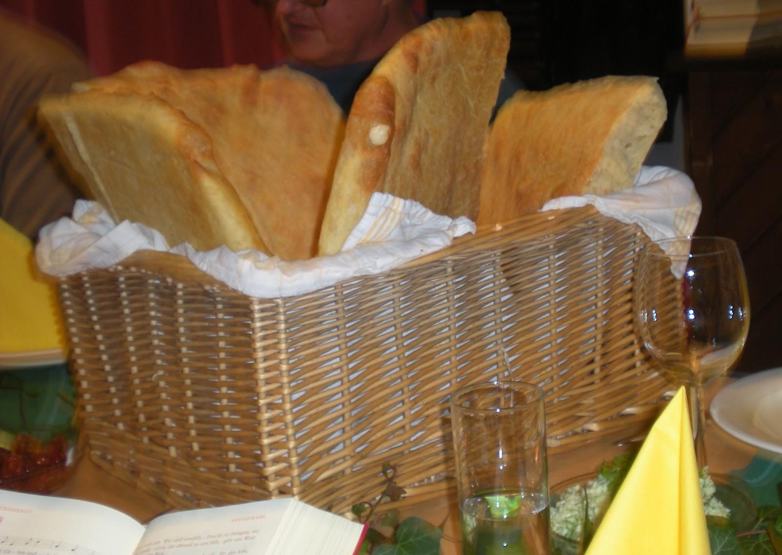 Kirchengeschichten: Abendmahlsbrot aus eigener Herstellung