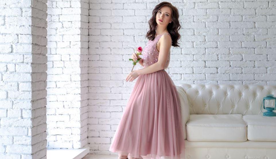 AlissaYoung Model GlamourCams