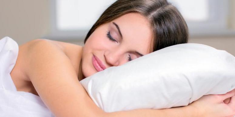 Saat Tidur Jangan Pakai Celana Dalam