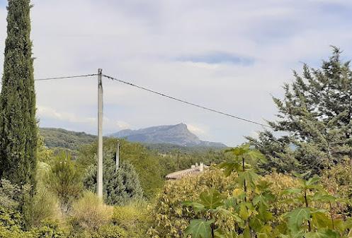 """<alt=""""Fotografía Macarena Márquez Mont Sainte-Victoire Aix en Provenza""""/>"""