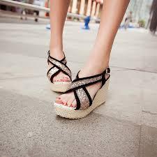 Desain Sepatu Sandal Anak Perempuan
