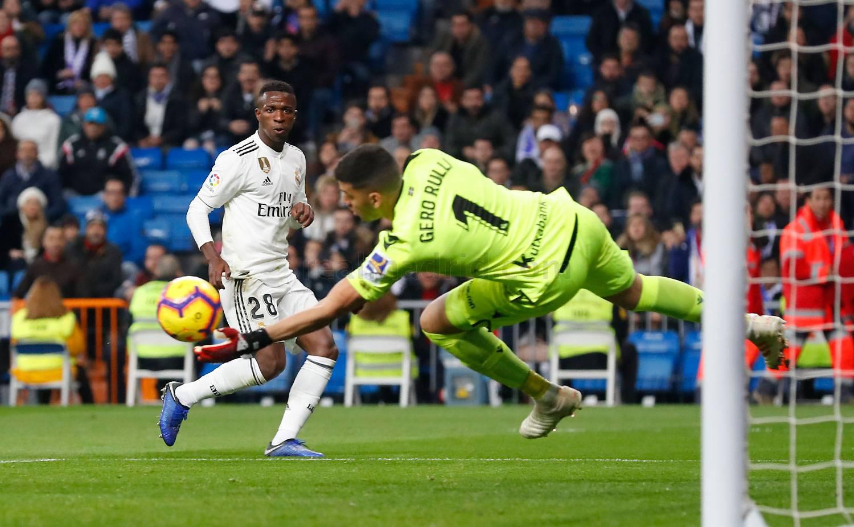 Real Madrid perde na estreia de Vinícius Jr. como titular no Espanhol 65016ccbb34bf