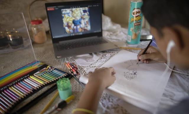 Venezolano vende dibujos en Twitter para comprar comida