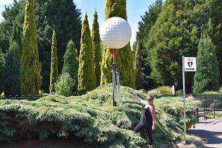 BIG Golf Ball | Grindelwald Golf Course