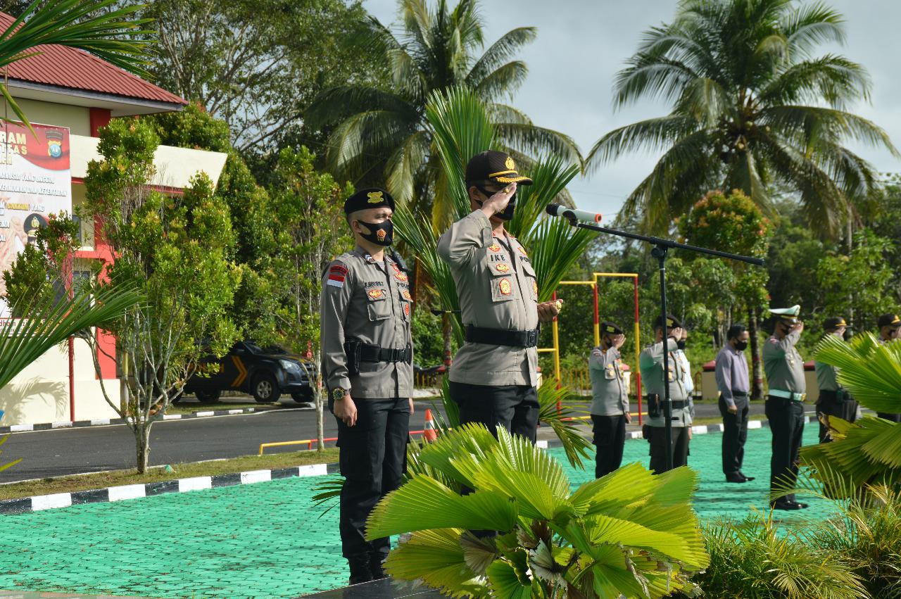 Kapolres Natuna Pimpin Upacara Korps Raport Kenaikan Pangkat Personil Polres Natuna Periode 01 Januari 2021