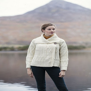 Carraig Donn One Button Ladies Aran