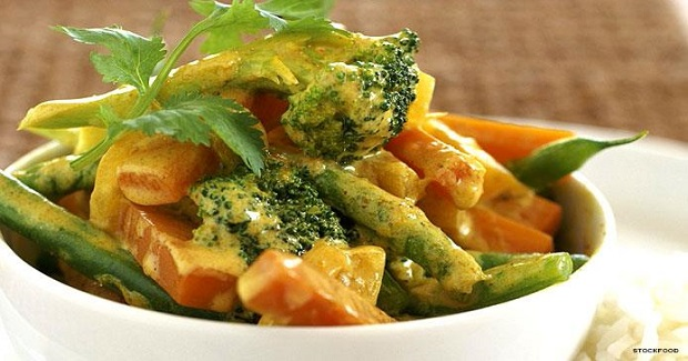 Vegetable Curry With Coconut Milk And Rice Recipe