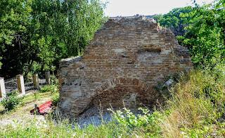 Полтава. Свято-Миколаївська церква. Руїни дзвіниці