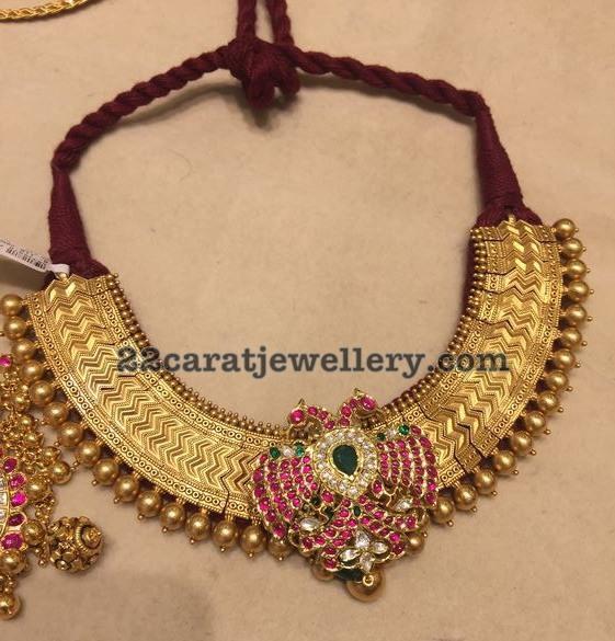 Traditional Choker Pakshi Pendant