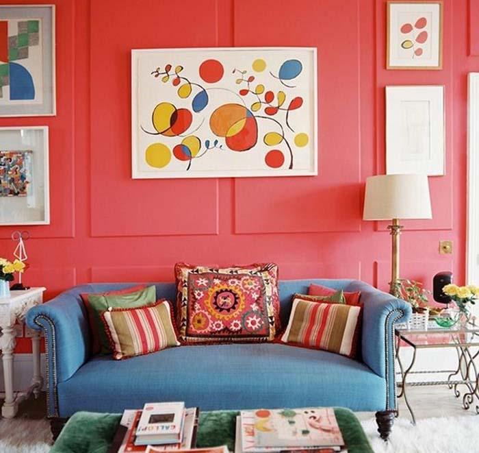 açık kırmızı duvar rengi oturma odası örnekleri