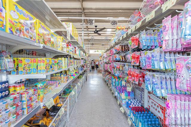 MG 6629 - 熱血採訪│台中玩具150坪批發超市人超多,限定小丑與魔術表演入場直接請你看!