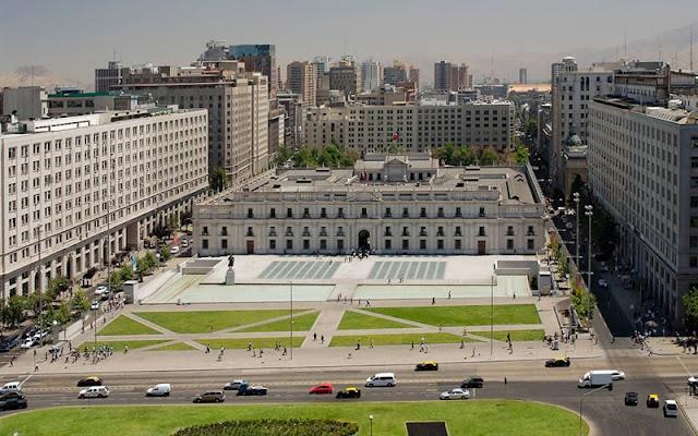 Conhecer o Palácio de La Moneda em Santiago no mês de junho