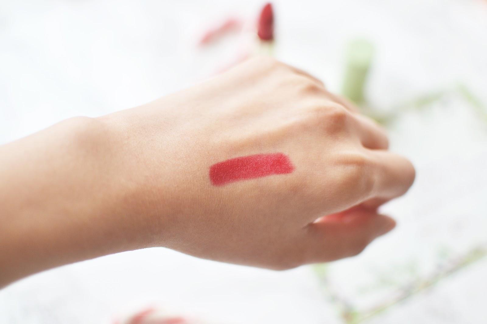pixi by petra Mattelustre Lipstick classic red